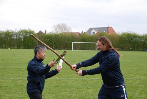 photo Master Tse teaching Baat Jáam Dōu八斬刀
